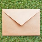 Q:郵便物等は着いたら連絡してもらえますか。